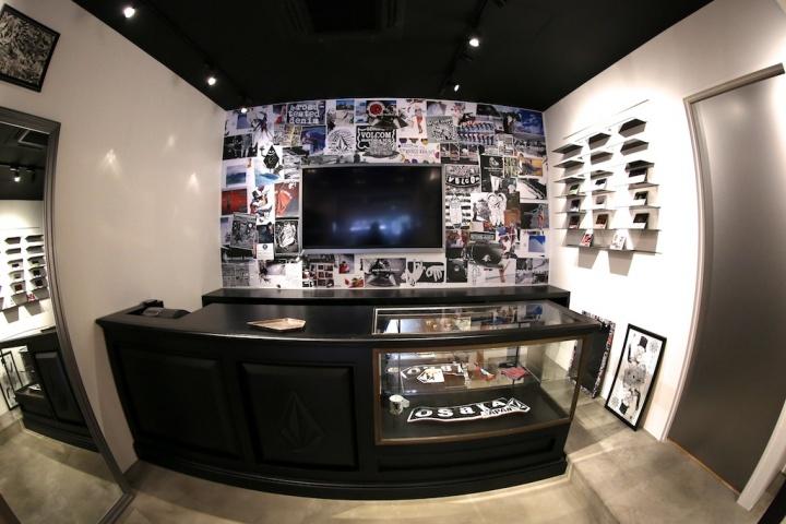 volcom store2